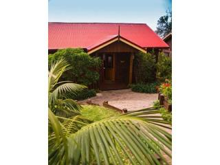 RESORT BUSINESS OF 5 COTTAGES ON NORFOLK ISLAND FOR SALE