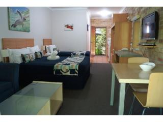 GREAT LEASEHOLD MOTEL OPPORTUNITY IN HERVEY BAY. NEW 30 YEAR LEASE