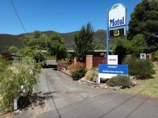 1836MF - Stunning Location and Awesome Business with Growth Potential