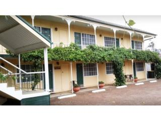 FREEHOLD 20 ROOM MOTEL FOR SALE IN NSW FOR LESS THAN THE COST OF A HOUSE!