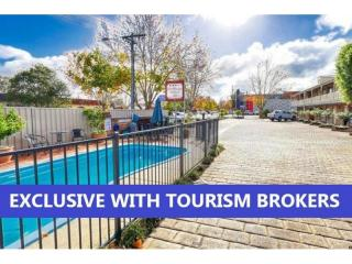2374ML - OPPORTUNITY KNOCKS IN ONE OF THE BEST MOTEL TOWNS