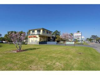 MOTEL & CARAVAN PARK ON NSW NORTH COAST FOR SALE, GREAT PRESENTATION!
