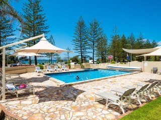 BURLEIGH HEADS - OUTSTANDING OPPORTUNITY