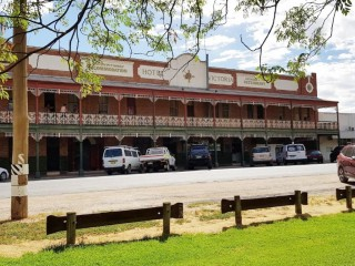 Freehold Passive Investment Opportunity - Victoria Hotel, Ouyen VIC - 1P0042
