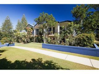 Business For Sale - Byron Bay Holiday Hotspot - ID 8774 BL
