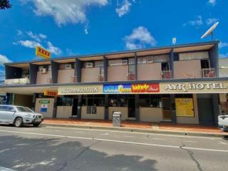 78HF - BARGAIN FREEHOLD HOTEL ACCOMODATION WITH LOADS OF POTENTIAL