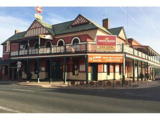 UNDER CONTRACT - Star Hotel, Rutherglen VIC - 1P0018