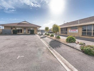 Bass & Flinders Motor Inn, Excellent Business, Property & Opportunity, Offers over $349,000