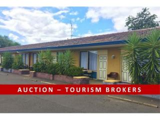 1257MF - AUCTION - Very Affordable Tamworth City Freehold!