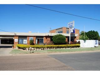 ALL OFFERS CONSIDERED - Longreach - 25 year Motel Lease, 40% yield - 1P4676M