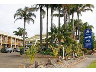 851MI - LOOKING FOR A SECURE LONG TERM PASSIVE MOTEL INVESTMENT? LOOK AT THIS ONE!