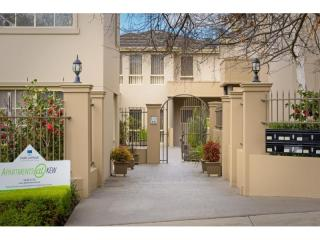 Serviced Apartments So Close to Melbourne | Resort Brokers ID : LH004833
