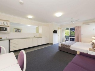 Western Suburb MOTEL (leasehold) incl Manager's Unit