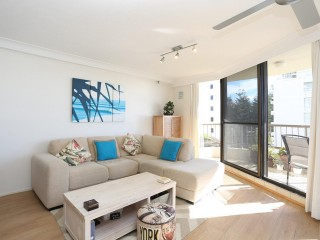 Beautiful Broadbeach unit for sale in highly sought after complex
