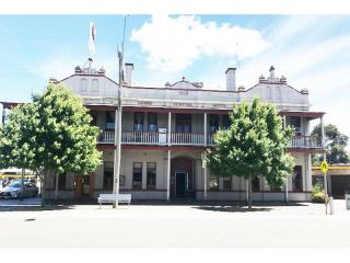 PRICE REDUCTION - Grand Central Hotel - 1P4045H