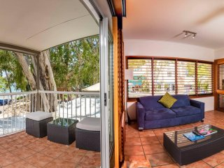 Brilliant Opportunity - Beachfront with Freehold Palm Cove