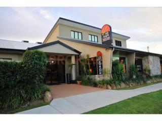 Outstanding freehold going concern Motel less than 15 years old for sale in Qld.