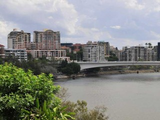 Centre of Kangaroo Point. High Rise