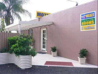 2187MF - Freehold Motel for the Price of a House and Additional Industrial Land