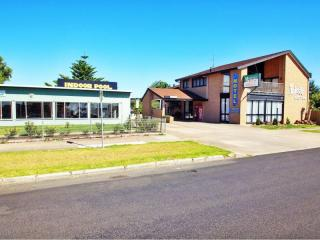 50% ROI in a great Victorian Regional Centre | Resort Brokers ID : LH006073