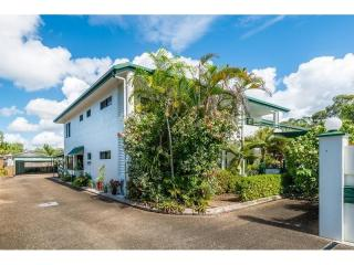 Business For Sale - Golf Resort - Cairns Northern Beaches - ID 8797 BL
