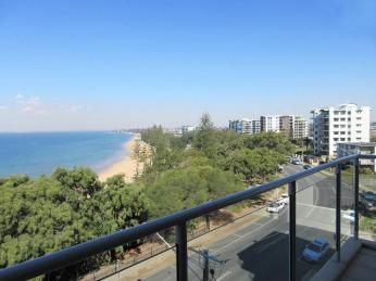 Business For Sale - Indulge in Luxury at Redcliffe - ID 8680 BL