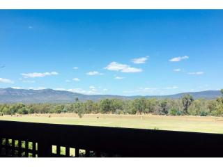 Grampians Holiday Resort with Amazing Views - 1P4609CP