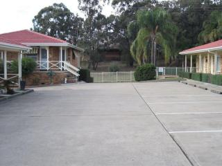WELL PRESENTED LEASEHOLD MOTEL IN THE HUNTER VALLEY, 35% RETURN