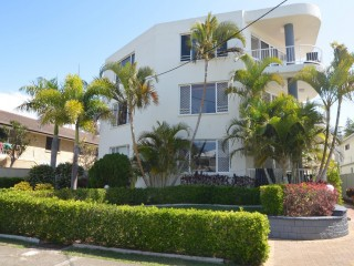 Two Wonderful Mermaid Beach Complexes in One! PRICE REDUCED!