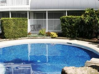 Southern Qld Motel For Sale - NEW 30 year Lease - 28 Rooms - 1P0893M