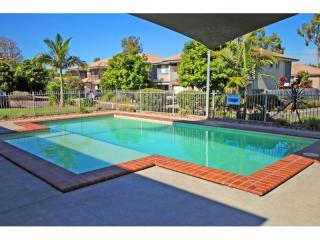 UNDER CONTRACT - MANAGEMENT RIGHTS FOR SALE ON BRISBANE'S SOUTHSIDE.  URGENT SALE. VENDORS PREPARED TO NEGOTIATE  - 1P4282MR