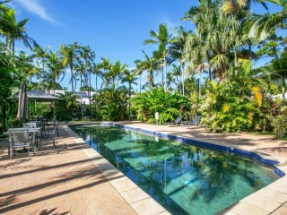 Lifestyle and business opportunity in Palm Cove