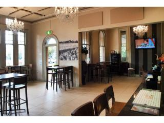 Leasehold Hotel For Sale in a Popular Coastal Region Close to Brisbane - 1P3746H