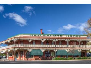 Beautifully Presented Historical Hotel - 1P4231H