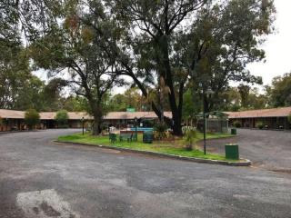 1630ML - Big Leasehold Motel, Small Price, Huge 46% Return!