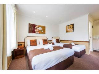 OUTSTANDING QUALITY LEASEHOLD MOTEL IN THRIVING NSW NORTH COAST TOWN