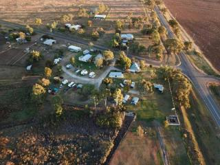 BEAUTIFUL FREEHOLD CARAVAN PARK NEAR TOOWOOMBA FOR SALE. FANTASTIC LIFESTYLE PROPERTY!