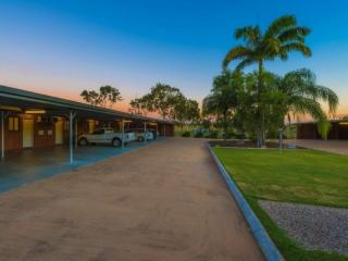 2393ML2 - 31 Unit Motel Rockhampton, Huge 53+% Return On Investment