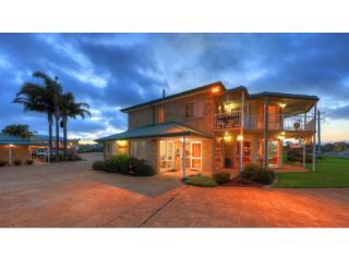 Award-winning motel with massive potential opportunities on the Sapphire Coast | Resort Brokers ID : FH006286