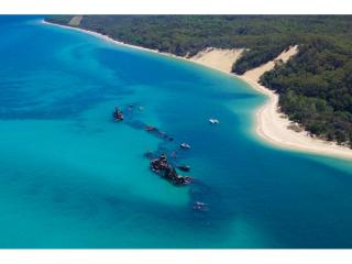 TERRIFFIC MORETON ISLAND HOLIDAY LETTING BUSINESS WITH GREAT ROI | Resort Brokers ID : FH006641