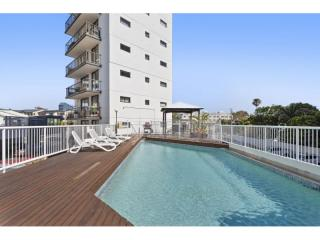 Mid Rise Holiday Complex- Opposite Maroochydore Beach | Resort Brokers ID : MR006125