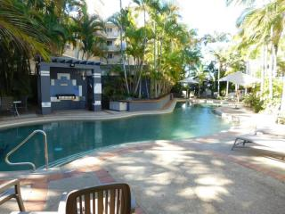 Broadwater Cash Cow! Holiday MR With A $700K + Nett Profit! | Resort Brokers ID : MR004957