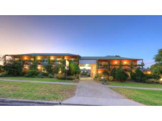 Substantial Leasehold Motel in Regional Qld Tourism Hotspot | Resort Brokers ID : LH006609