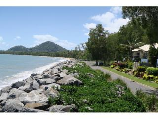 Tropical Resort Lifestyle with Stunning Onsite Home with an Ocean View - 1P4384MR