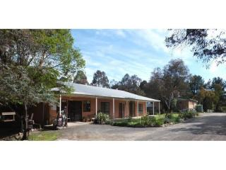 LIFESTYLE CARAVAN PARK FREEHOLD FOR SALE IN NSW