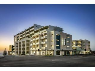 Prestigious Apartment Hotel Leasehold in Perth with Substantial Upside | Resort Brokers ID : LH004818