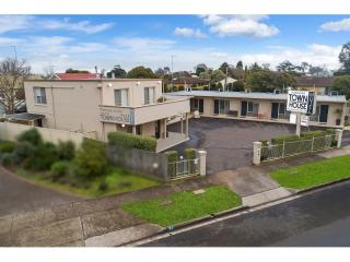 Profitable Leasehold Motel Opportunity - 1P5145M