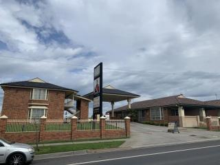 Large freehold in the centre of Bathurst | Resort Brokers ID : FH006478