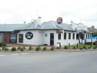 Royal Mail Hotel, Mulwala - 1P2899H
